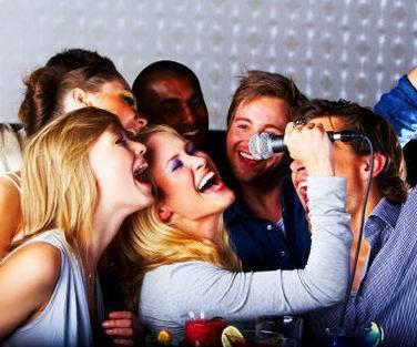 fiesta tematica karaoke