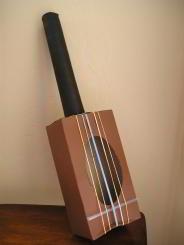 instrumento casero guitarra