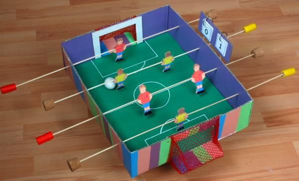 manualidad futbolin casero