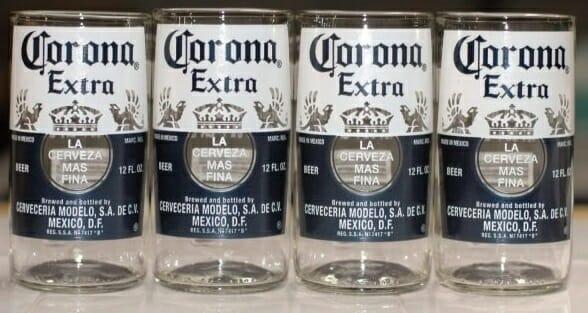 vasos hechos botellas vidrio