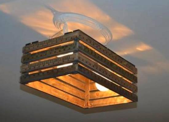 lampara con caja de frutas