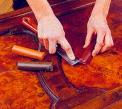 Como eliminar carcoma en muebles antiguos - Masilla para madera casera ...