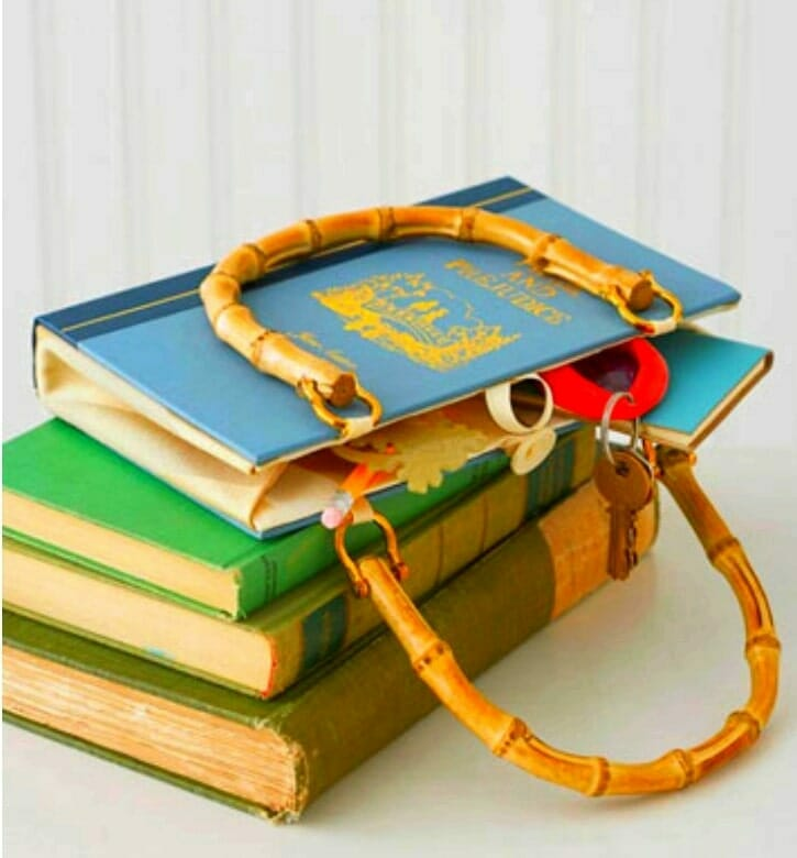 bolso libro viejo